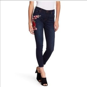 Denim - NWT Kut from the Kloth | Donna Ankle Skinny Jeans